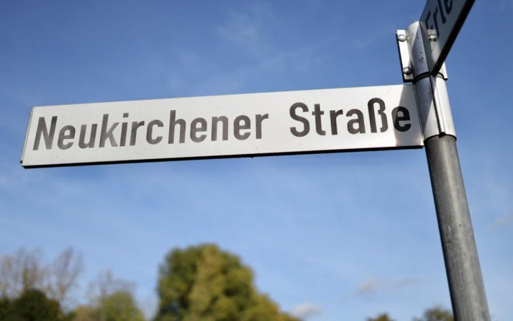 Schild Neukirchener Straße